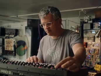 Pensando la música electrónica (4): Cinco formas de autonomía artificial