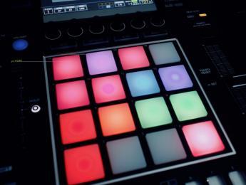 Review del DJS-1000, el sampler para cabinas de Pioneer DJ