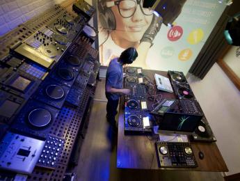 Certificado DJ Productor, una completa formación para convertirte en profesional