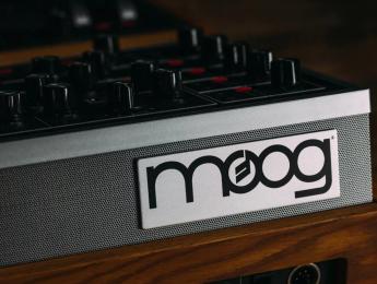 Moog One está al caer, y es un polifónico politímbrico