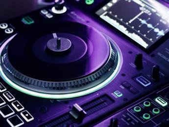 Denon SC5000M, analizamos el reproductor DJ con bandeja motorizada