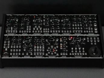 Erica Synths Black System II, 16 módulos eurorack integrados para una versátil exploración sónica