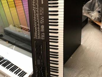 Korg Opsix reinventa y extiende el Yamaha DX7