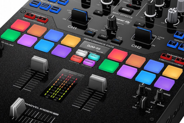 Review del mixer Pioneer DJM-S9