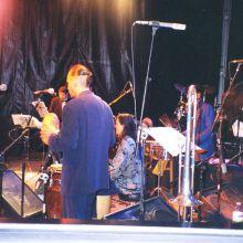 Orquesta acompañande de Celia Cruz