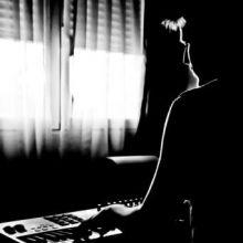 Al teclado