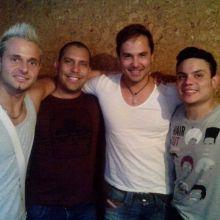 con Andel Labori, Coyote dax y fernando en el estudio