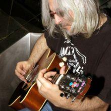 Guitarreando con David Blue