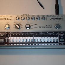 TR-606 modificada