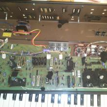Limpiando un Moog Opus 3