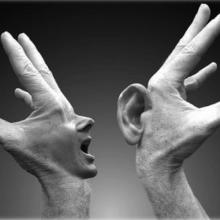 manos que dicen y escuchan