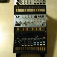Volca stand 2