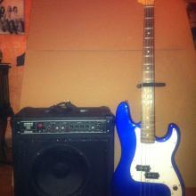 Amplificador de bajo y Guitarra de bajo