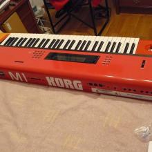 Korg M1 Modificado