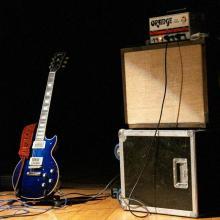 Pantalla 1 x 12 LCA Guitars en acción