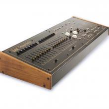 Arp Sequencer 1601 réplica