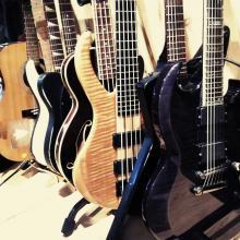 Guitarras, bajos