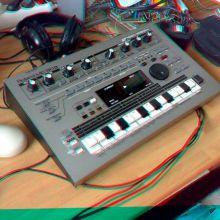 Roland MC 303 3D