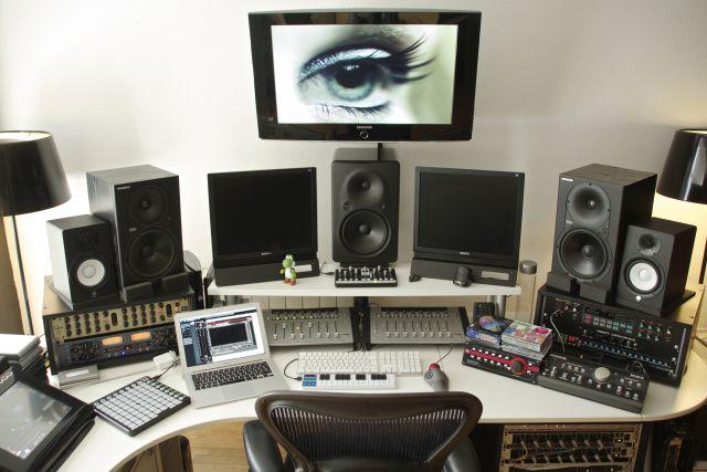 Antipop 2012 - Vista frontal