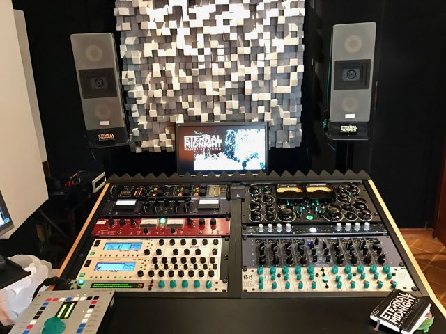 Vista Suite Eternal Midnight Mastering Studio