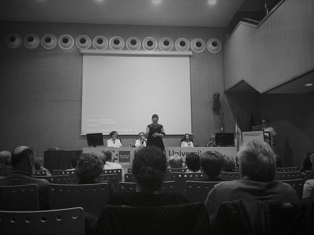 Cantando en blanco y negro