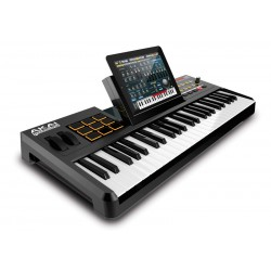 Akai SynthStation49