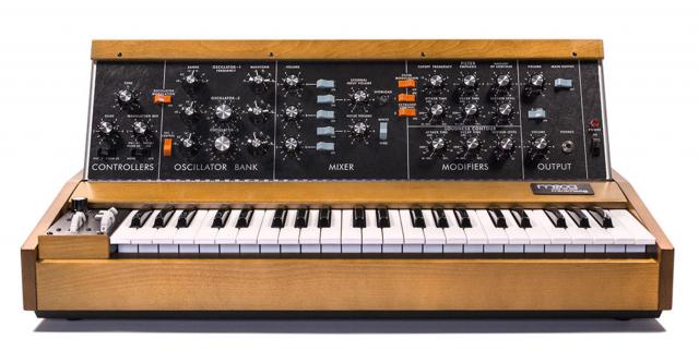 Moog Minimoog Model D (1971)
