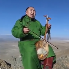 Mongolian Throat Singing-Batzorig Vaanchig vs JLRoman