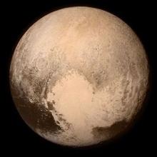 Pluton año 1