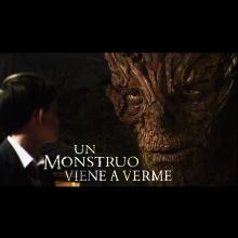 Un Monstruo Viene a Verme (Main Theme)