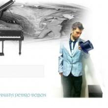 PIANO LONGE