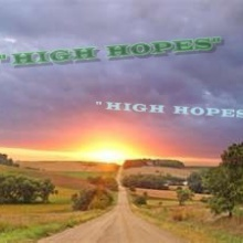 "HIGH HOPES  (""Grandes Esperanzas"") Colaboración con  METHOL"