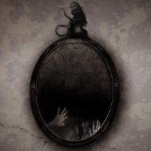 La llamada del niño escondido en el espejo